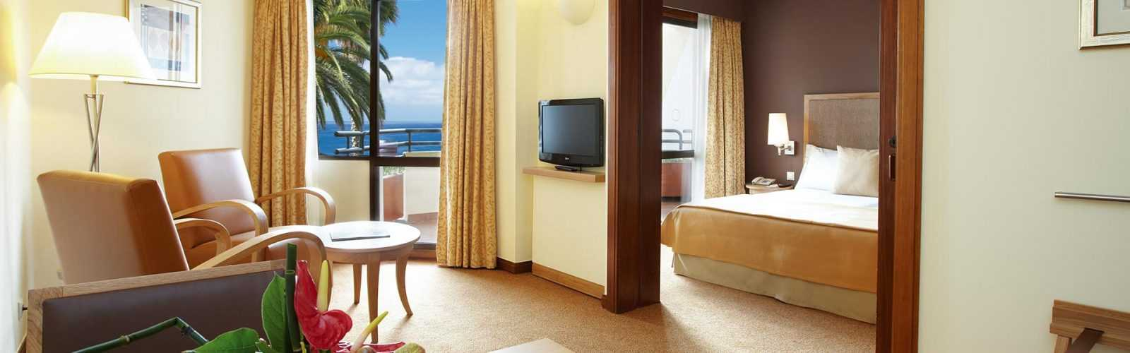 home_hotel_room_2